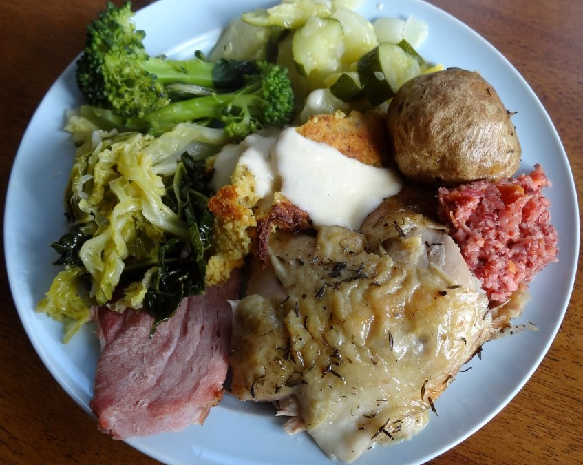 Best Christmas Dinner Ever!  Thyme Roasted Chicken, Baked Ham, Veggies, and Real Gingerbread