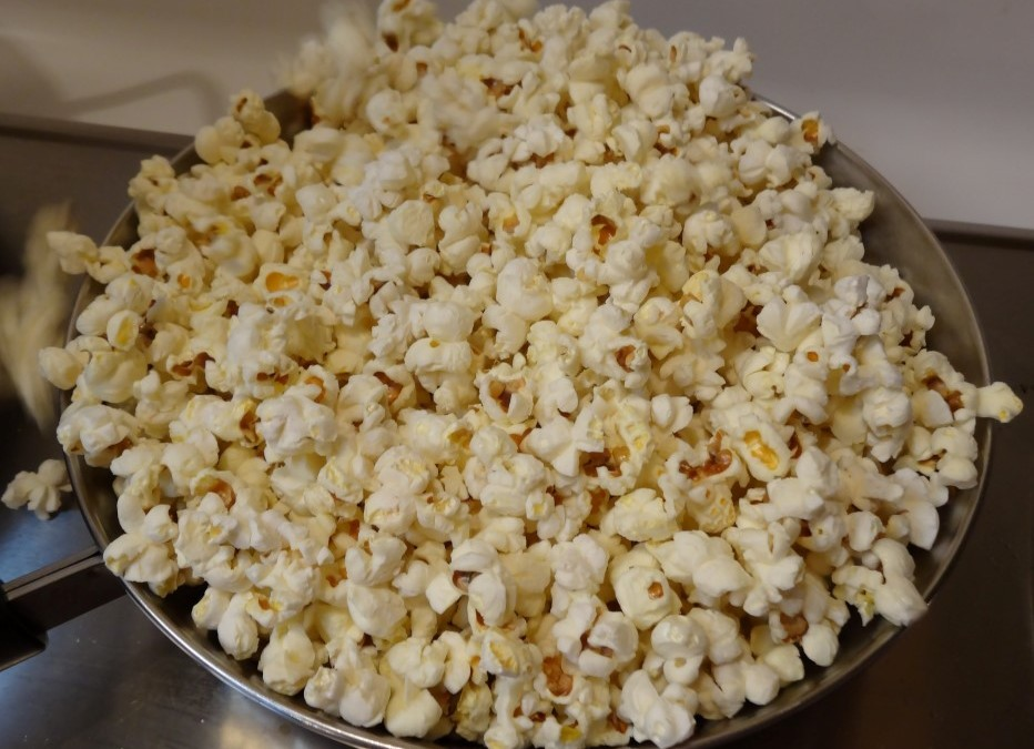 Quick and Easy Popcorn, and You Don't Need a Popper!