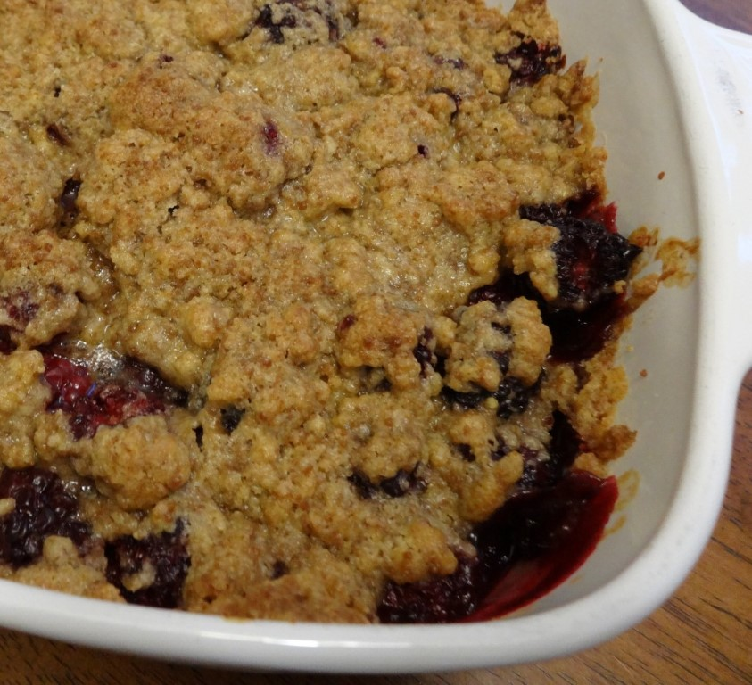 Blackberry Cobbler with Crumb Topping